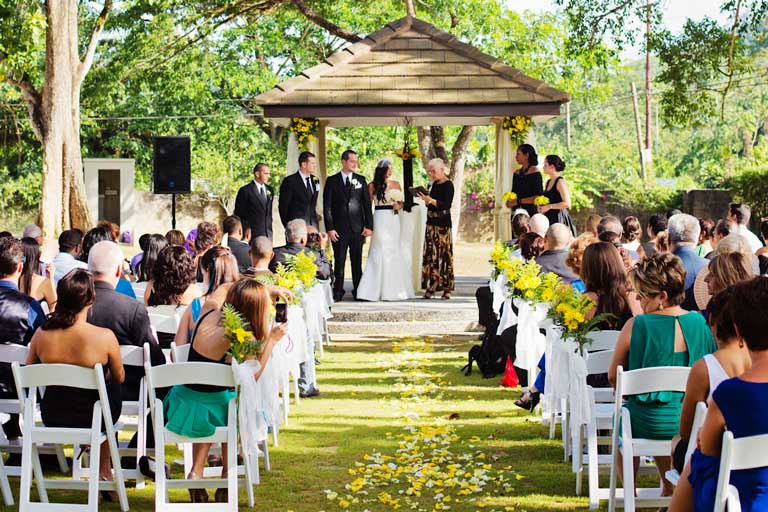 Wedding in the Ceremony Garden at Drew Manor