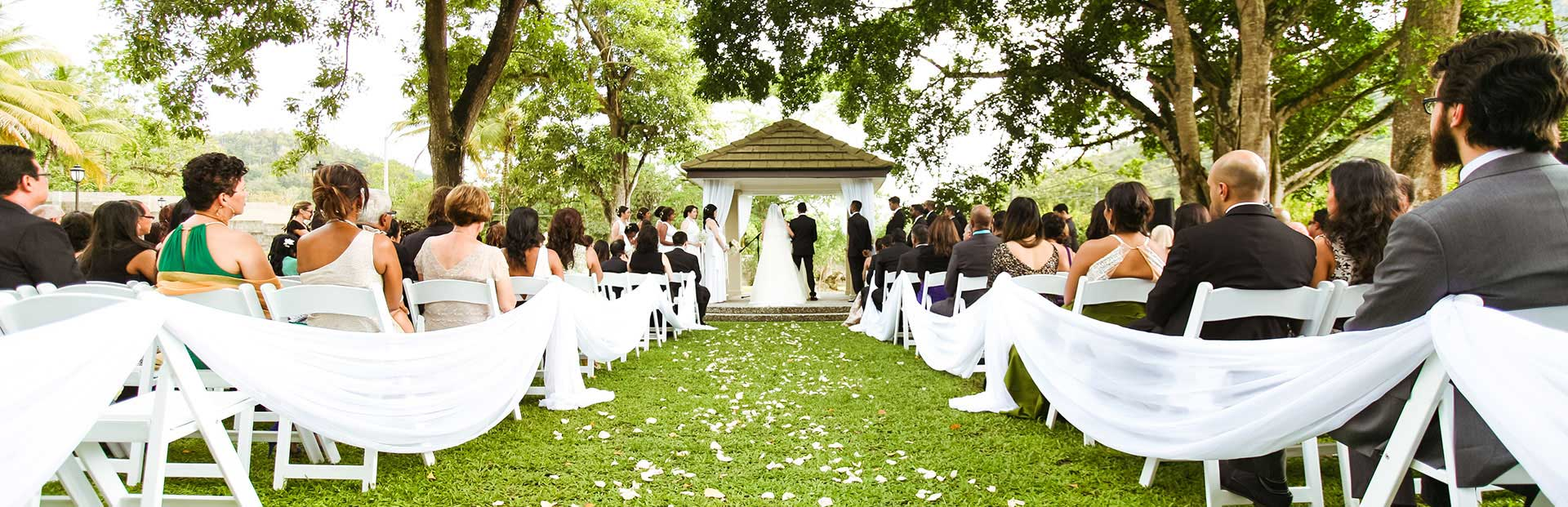 Amazing wedding ceremony in the gardens at Drew Manor, best wedding venue in Trinidad